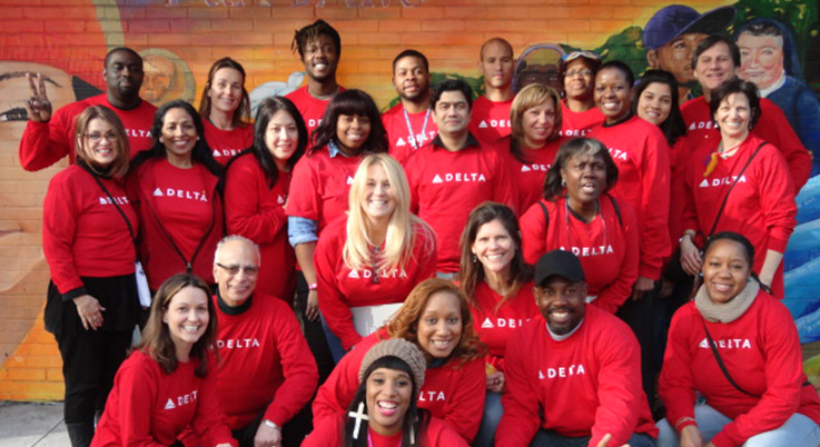 Delta volunteers at a corporate service day